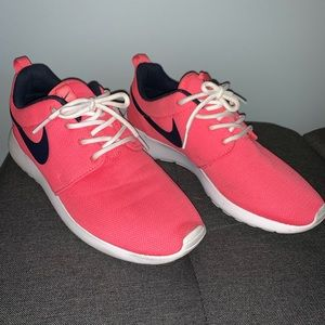 Nike Rosches